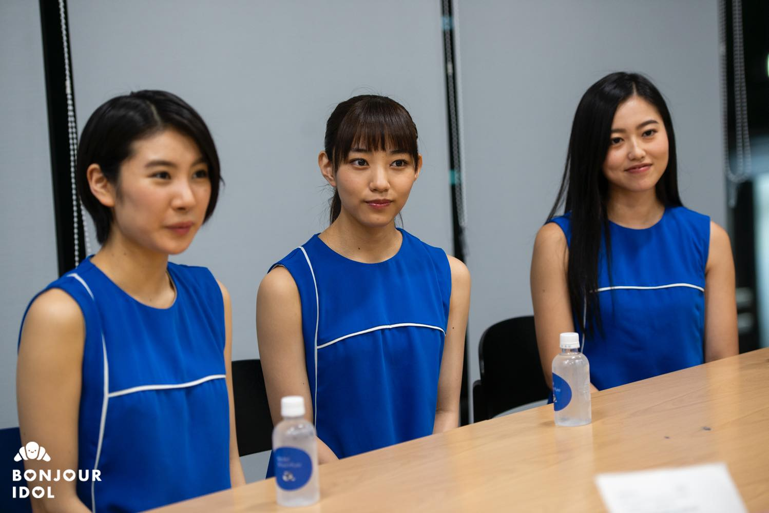 Bonjour Idol callme interview group photo